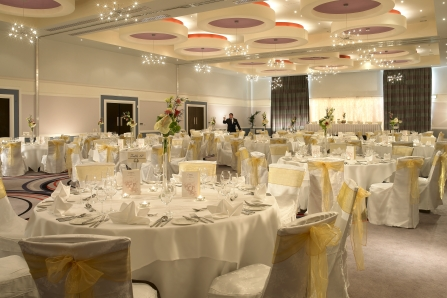 Weddings in Dublin at the Carlton Hotel Blanchardstown